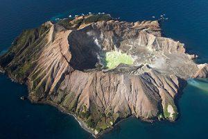 Naturkundliche Rundreise White Island Neuseeland